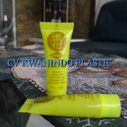 SOFT TUBE PLASTIK 10ML